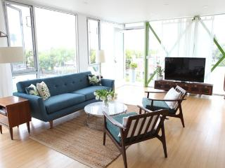 Green on Main - Santa Monica vacation rentals