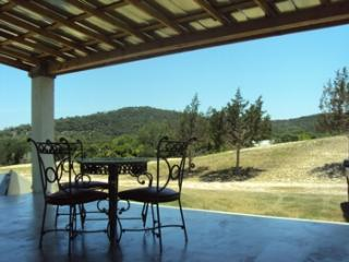Casa El Milagro Walk to a popular river crossing! - Hunt vacation rentals