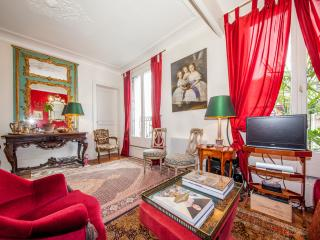 Colorful one-bedroom Paris rental apartment 1485 - Paris vacation rentals