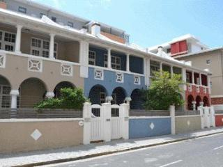 Victory Villa Beach House at Muizenberg Beach - Muizenberg vacation rentals