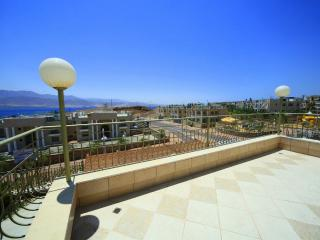 Holiday flat, stunning view, minutes from the sea - Eilat vacation rentals