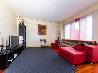 Excellent  furnished one-bedroom Paris flat  1084 - Paris vacation rentals