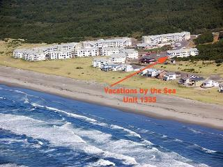 Spacious top floor 2 bedroom condo with nice ocean view - Westport vacation rentals