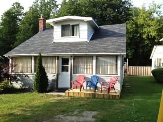 HarbourView Cottage - Port Elgin, Ontario - Port Elgin vacation rentals