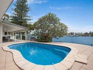Cool Paradise Pad - Surfers Paradise vacation rentals