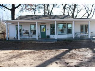 The Rooster House! - The Rooster House - Vacation Cottage - East Texas! - Edom - rentals