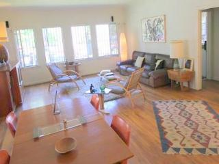 West Hollywood Budget Spanish 1 Bedroom (4330) - Los Angeles vacation rentals