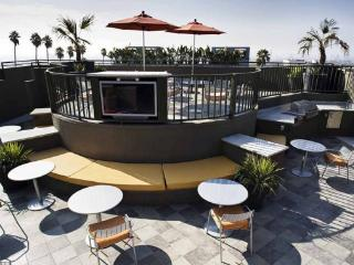 Hollywood 1 Bedroom with pool (4336) - Los Angeles vacation rentals