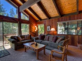 Cedar Chalet - ski lease/long term Dollar Pt - Tahoe City vacation rentals