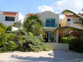 Luxury Oceanfront Newly Renovated in Uaymitun - Chicxulub vacation rentals