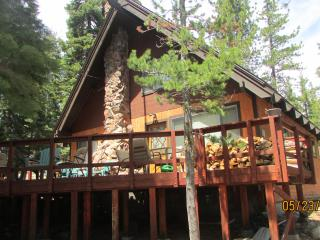 Carlin-Chamberlands cabin, pool,beach,tennis,WIFI - Homewood vacation rentals