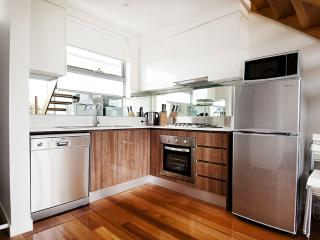 Position Perfect - The Suite - Melbourne vacation rentals