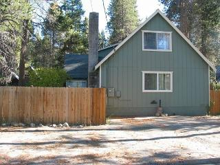 Lovely updated home close to everything! - South Lake Tahoe vacation rentals