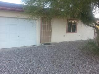 Cozy Winter Retreat near Saguaro National Park - Tucson vacation rentals