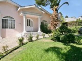 Lovely 3BR Glendale Est. w/ Pool , Jacuzzi, Gazebo! - Glendale vacation rentals