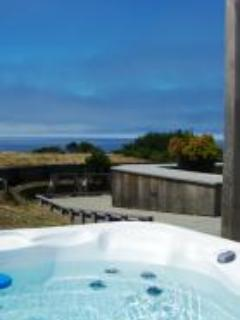 views from the hot tub - Alluring Vista - Sea Ranch - rentals