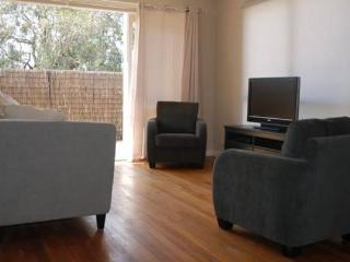 The Kya - a 2-bedroom  apartment  in  Beaumaris - Beaumaris vacation rentals