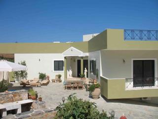 Crete: very calm situated apartment for rent. - Gazi vacation rentals