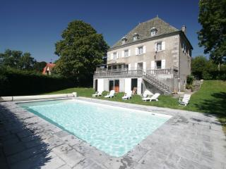 Charming Luxury Cottage - Puy-de-Dome vacation rentals