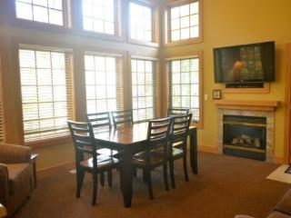 Recently Remodeled 3BR Condo In Disciples Village, Sleeps 12 Comfortably - Boyne Falls vacation rentals