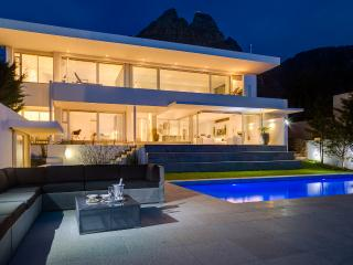 3 or 6 Bed Ultra-Stylish Sea View Villa Maxima! - Western Cape vacation rentals