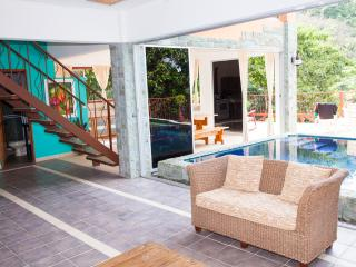 5,000 sq.ft 7br/8ba Happy Jacana Villa Getaway - Quepos vacation rentals