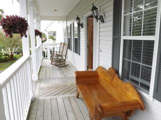 4 Bd Island House, Rooftop Deck, Views to Atlantic - Savannah vacation rentals