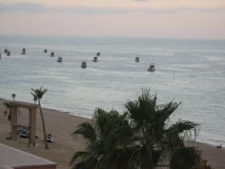 1 Bedroom 2 Bath Beachfront condo on the Sea of Cortez. - Los Barriles vacation rentals
