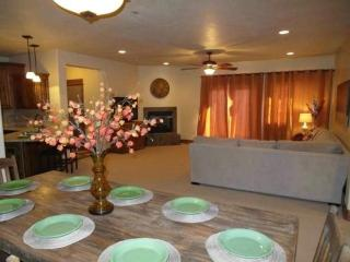 Aspen Glow B9 (new and close to lifts) - Brian Head vacation rentals