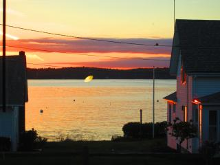 Pemaquid Tavern Lodging - New Harbor vacation rentals