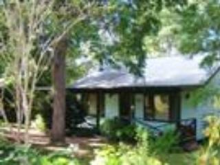 Jenoma Cottage Kangaroo Valley 3 1/2 Stars - Kangaroo Valley vacation rentals