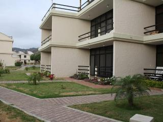 Apartment with BBQ  Area Vistazul San Clemente Ecuador - San Clemente vacation rentals