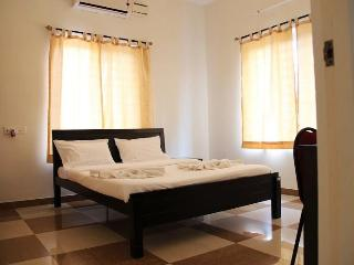 Corner Stay Serviced Apartment-Peelamedu-Deluxe Room 2-Pvt - Coimbatore vacation rentals