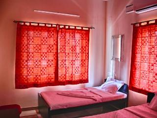 Corner Stay Serviced Apartment-Peelamedu-Standard Room-Pvt - Coimbatore vacation rentals