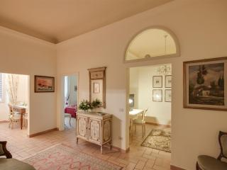 Prestigious apartment in S. Maria Novella square (WIFI) - Tuscany vacation rentals