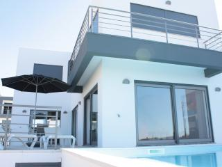 126495 - Stunning modern new build luxury villa - Very well appointed with pool - Sleeps 6 - Atalaia - Lourinha vacation rentals