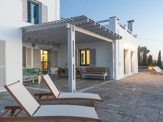 Exclusive 5 br villa with private pool in Paros - Paros vacation rentals