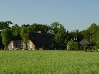 Old farm with view, modern comfort - Vilsteren vacation rentals