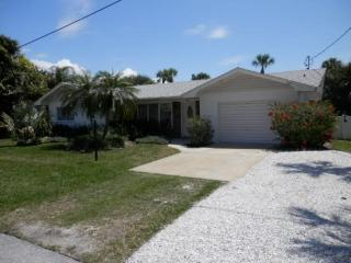 Hals Haven With Pool- 205 70th St, Holmes Beach - Holmes Beach vacation rentals