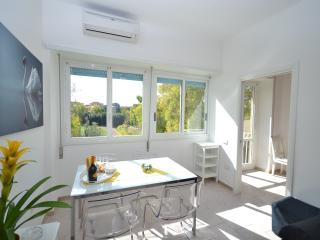 Subway Marconi central&quite - Business & Holidays - Villammare vacation rentals