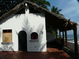 Romantic Oceanside Casita w/Direct Access To Beach - Puerto de la Libertad vacation rentals