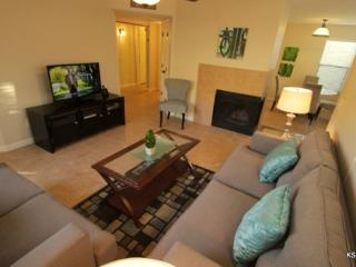 One Bedroom Overlooking the Pool at Canyon View - Tucson vacation rentals