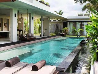 Ultra Modern Luxury 4 Bed/4 Bath,5 min to Seminyak - Seminyak vacation rentals