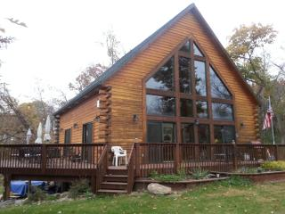 Stoney Brook on Lake Washington - Darwin vacation rentals