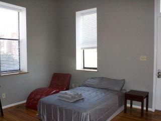 Nebraska Street studio in Cherokee Street - Saint Louis vacation rentals