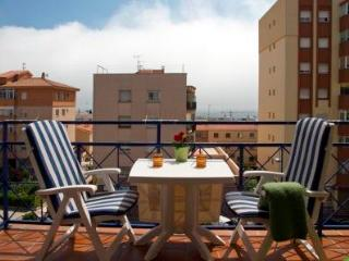 Carretera 61 with balcony, airconditioning,parking - Sitges vacation rentals