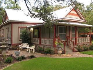 2BR/2BA Huge Summer Discounts! Historic South Austin Home - Austin vacation rentals