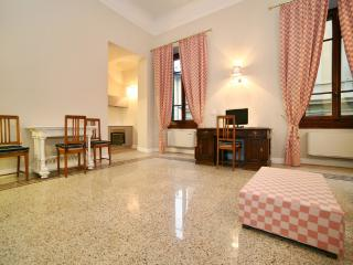 Suite Michelangelo in San Gallo - Florence vacation rentals
