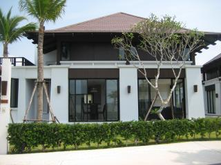 5 Bedroom Villa with Beach & Pool - Rayong vacation rentals