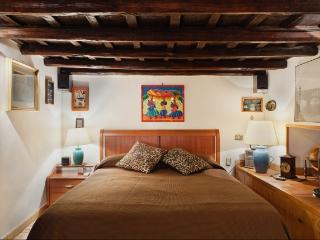Rome One bedroom near the Spanish Steps Key 389 - Lazio vacation rentals